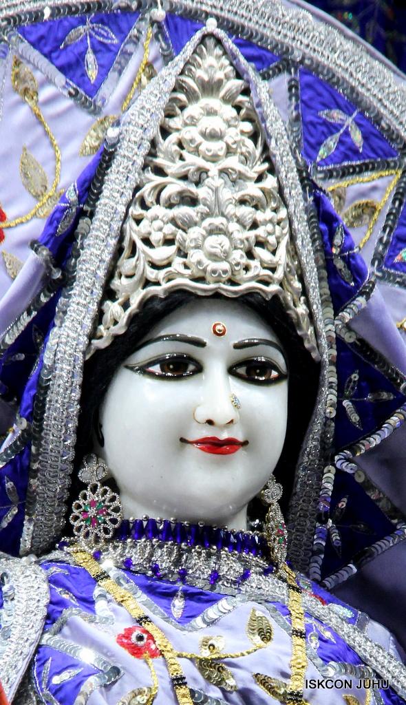 ISKCON Juhu Mangal Deity Darshan on 29th Sep 2016 (24)