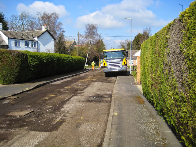 St Johns Close Resurfacing 23-03-2015. Pictures by Chris Cannon - IMG_1074.JPG