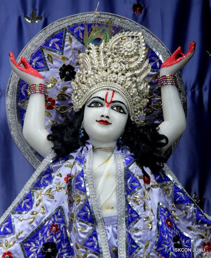ISKCON Juhu Mangal Deity Darshan on 7th July 2016 (27)