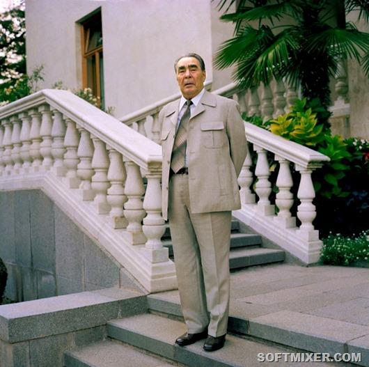 Генеральный секретарь ЦК КПСС Леонид Брежнев на отдыхе в Крыму, 1981 год