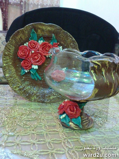 تحويل كأس مكسور الى تحفة فنية