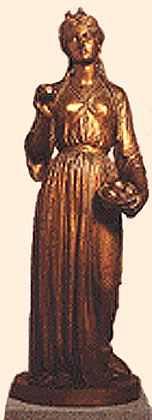 Idunna Statue, Asatru Gods And Heroes