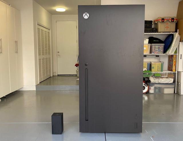 Xbox Series X refrigerator