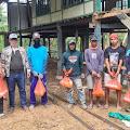 Jelang Hari Raya Idul Fitri 1442 H,Ketum 99 Komunitas Indonesia Bagi Sembako ke Kaum Duafa