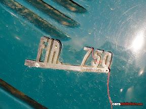 Fiat 750 badge