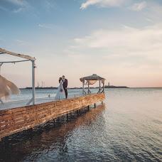 Wedding photographer Anna Abalyaeva (anna5342238). Photo of 21.11.2017