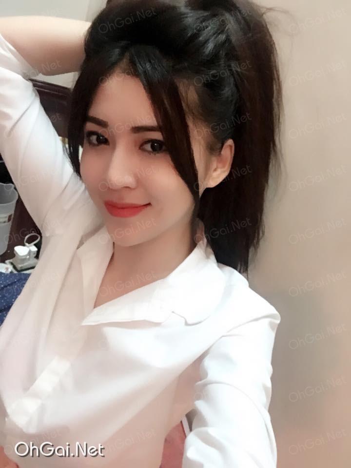 Facebook hot girl Sài Gòn: Trần Diệu Minh Trang (Any Trang)