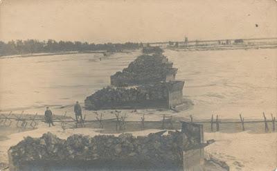 Мост через Нарову около Криушей, вид с левого берегаянварь 1920 года