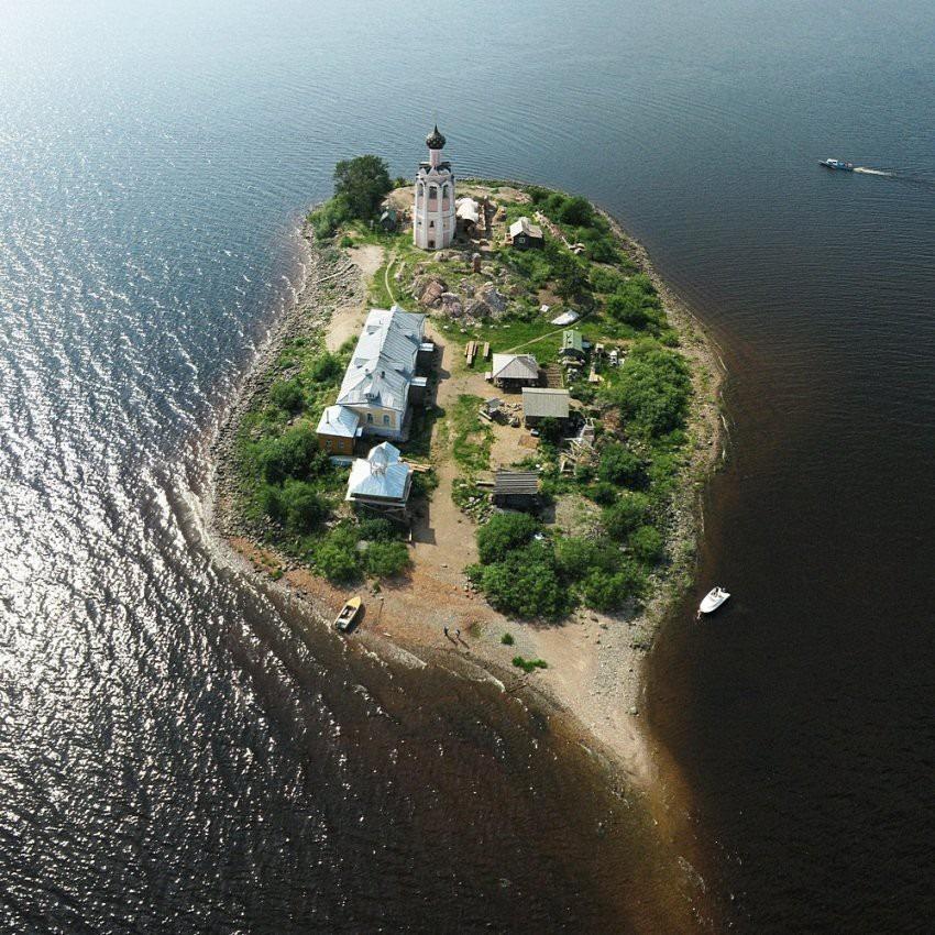 spaso-kamenny-monastery-7