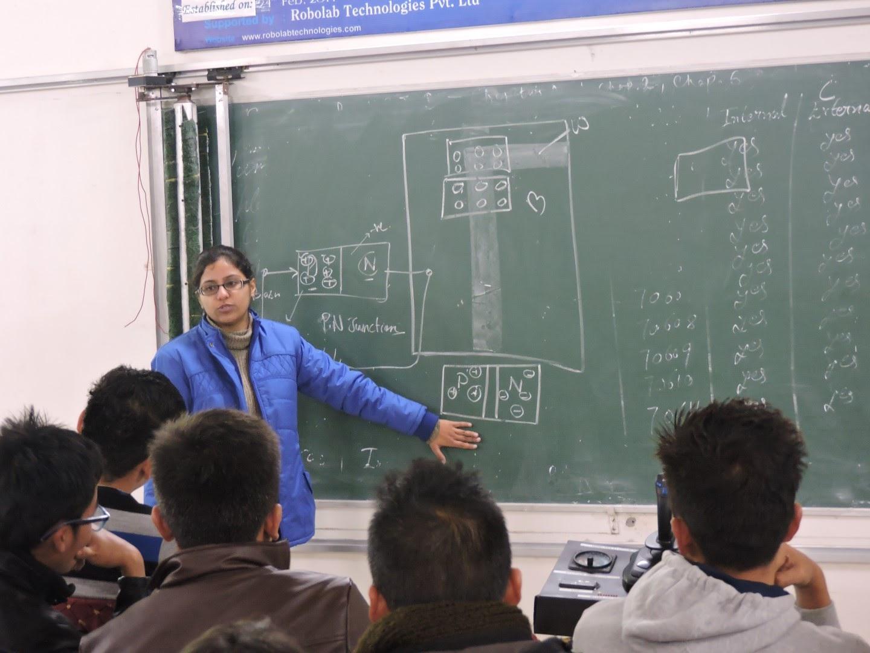 Amritsar College Of Engineering and Technology, Amritsar Robolab 16 (14).JPG