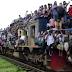 Tak Hanya Pria, di India Wanita Juga Ikut Naik ke Gerbong Kereta, Sebagian Lagi Hanya Kenakan Sarung