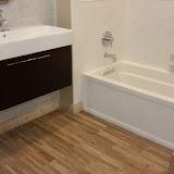 Bathrooms - 20150825_114701.jpg