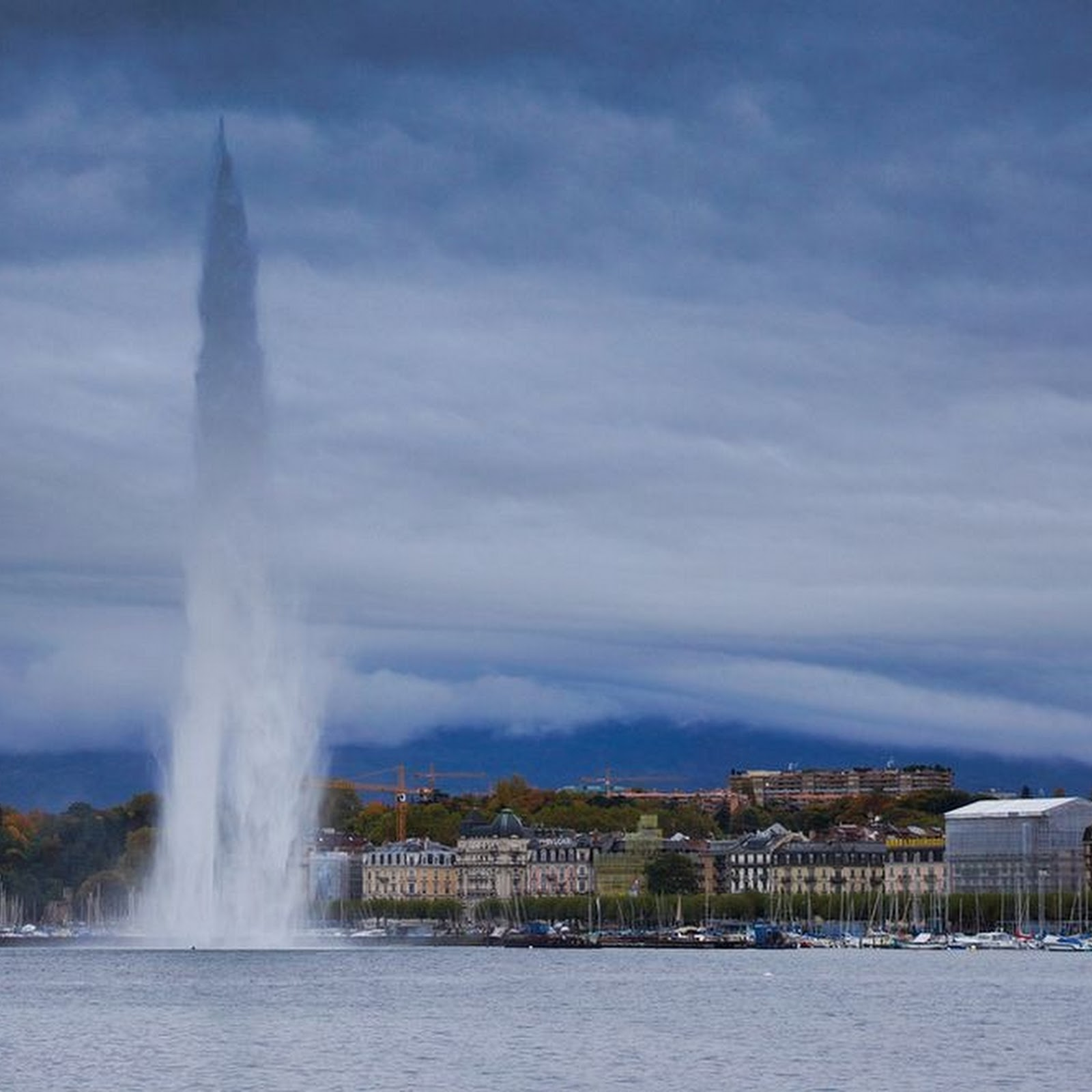 Jet d'Eau: The Lake Geneva Fountain