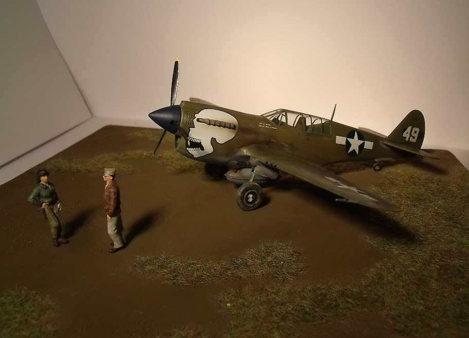 [Hasegawa] Curtiss P-40N Warhawk GEDC1222