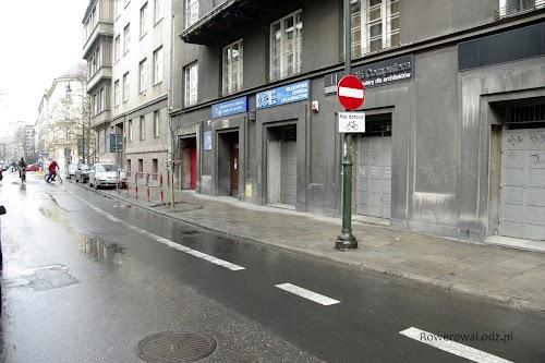 W tamtą stronę mogą jechać tylko rowery.
