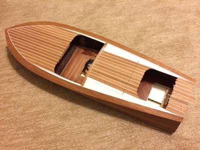 Chris Craft Racing Runabout by Dumas