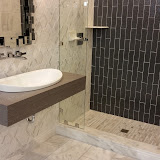 Bathrooms - 20150825_114231.jpg