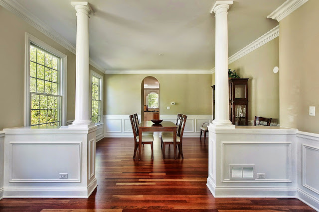 architectural mill, wainscot, crown - dreamstimemaximum_9970600%2B%25281%2529%2B%25281%2529.jpg