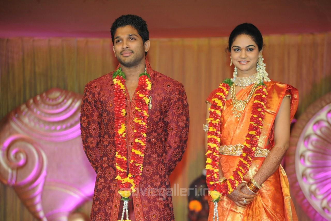 Allu Arjun Sneha Reddy Wedding Reception Photos Stills New Movie