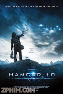 Đối Đầu Người Ngoài Hành Tinh - Hangar 10 (2014) Poster