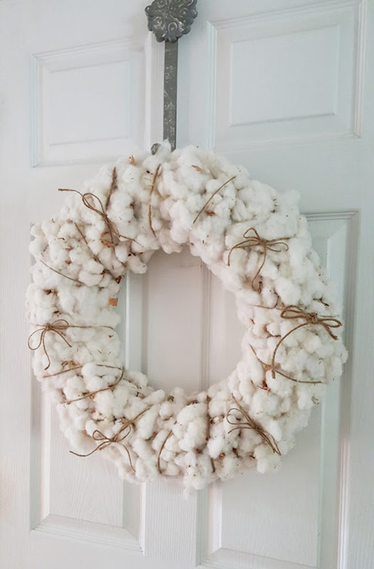 Fall-Decorating-Cotton-Wreath-550x836