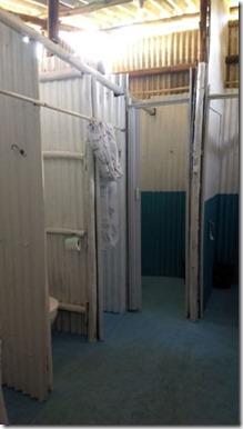 trailer-camping-amendoeiras-banheiro-masc-4