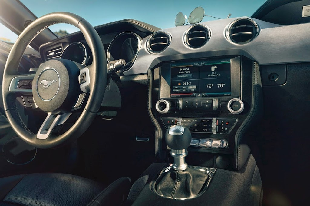 13 2015 Ford Mustang 1