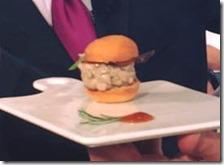 Panino con hamburger di palamita