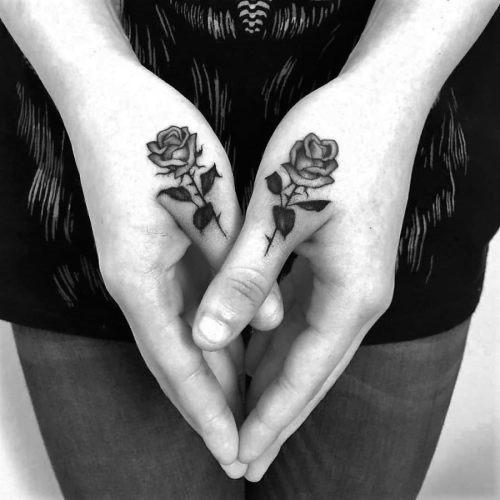 estas_impressionantes_rosa_tatuagens_para_mulheres