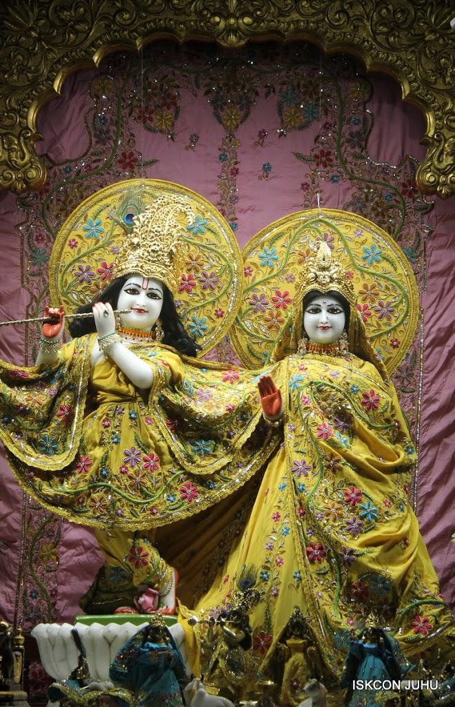 ISKCON Juhu Mangal Deity Darshan on 30th May 2016 (23)
