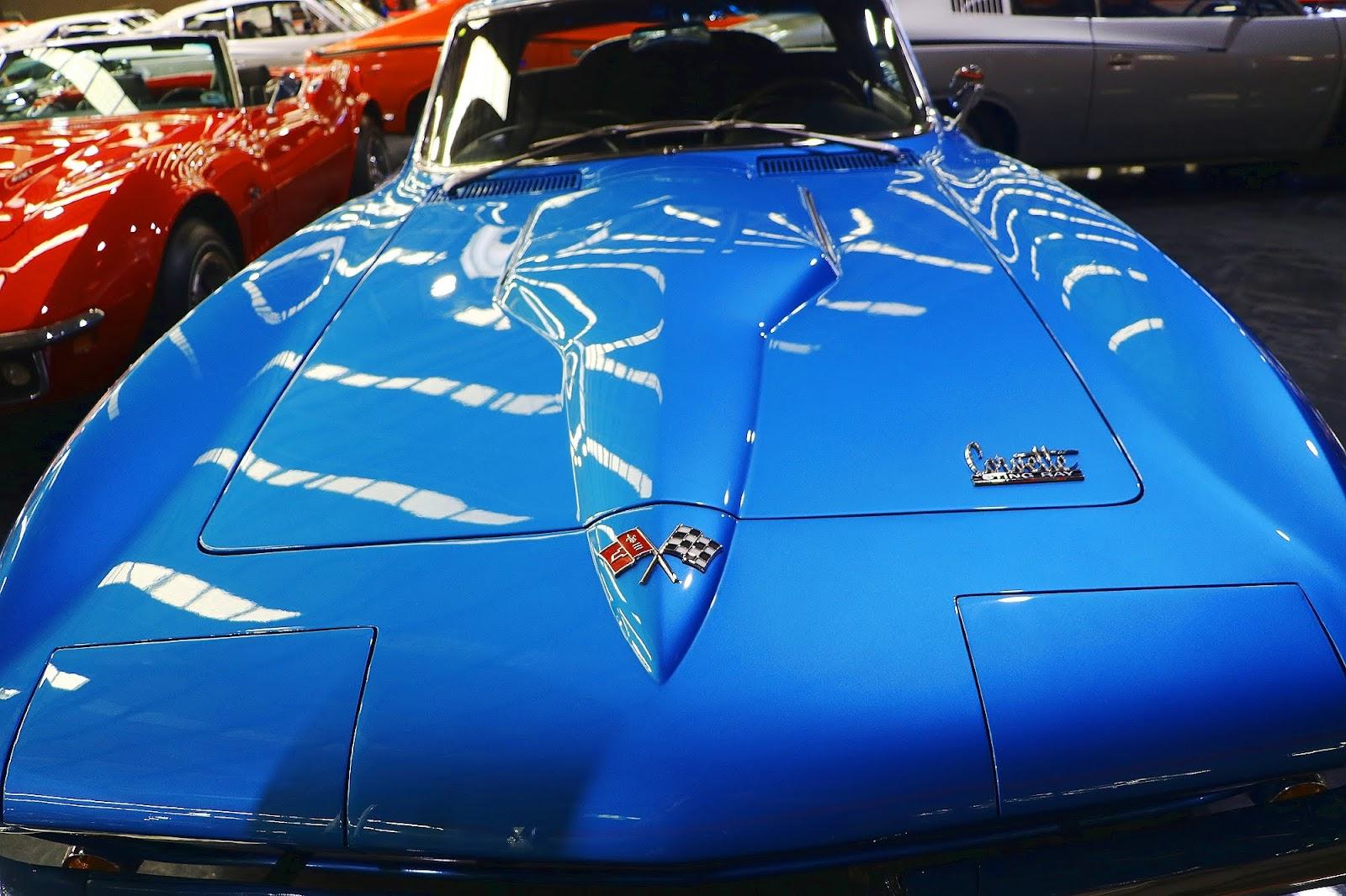 1966 Chevrolet Corvette Stingray (11).jpg