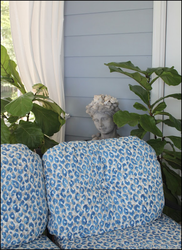 porch furniture with new fabric 3