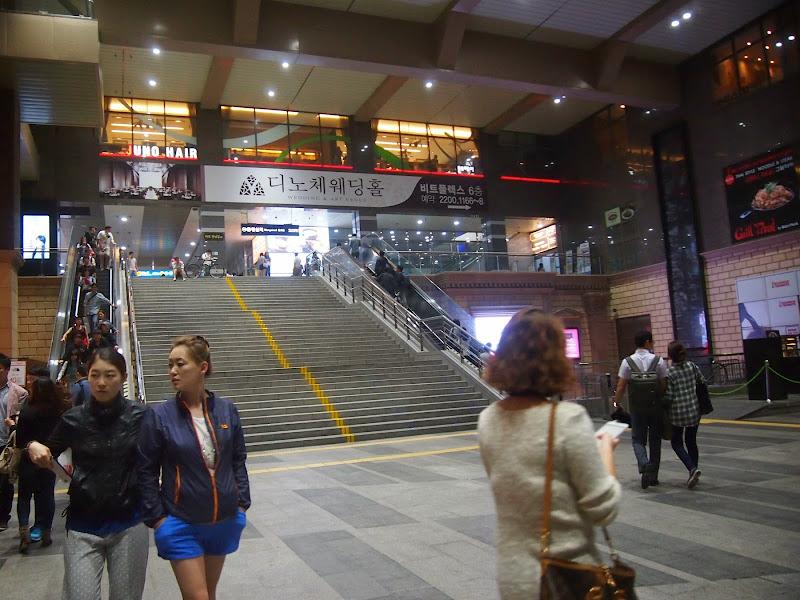 往十里(ワンシムニ)駅のダンキンドーナツ