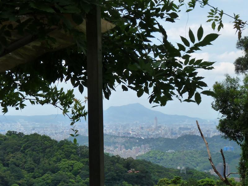TAIWAN Taipei.MAOKONG GONDOLA - P1280185.JPG
