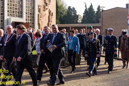 herdenkingsdienst  en een stille tocht naar het Engelse kerkhof 12-10-2014 (53).jpg