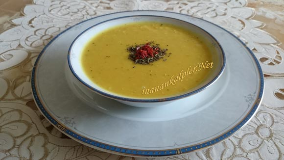 Buğdaylı Kırmızı Mercimek Çorbası