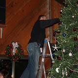 2009 Clubhouse Christmas Decorating Party - IMG_2620.JPG