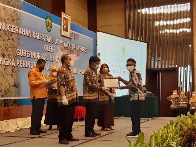Konsisten dalam Penyaluran Program CSR, Pertamina Raih Penghargaan DLH Kaltim