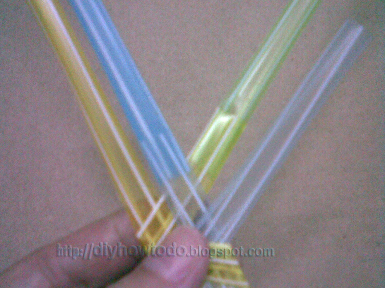 kid craft,trash craft,how to weave straw,reuse recycle how to