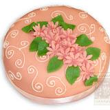 8. kép: Ünnepi torták - Rózsaszín virágos leveles torta