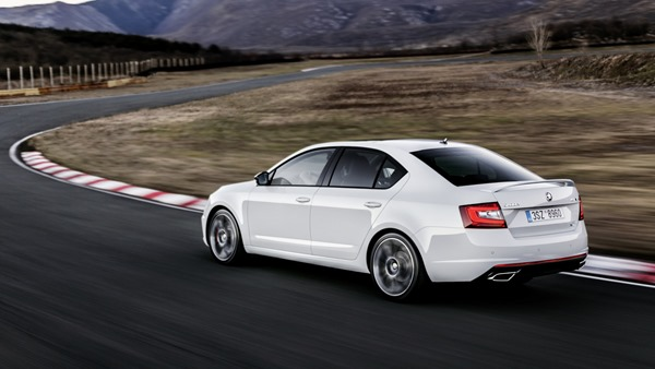 2017-skoda-octavia-rs-facelift (1)