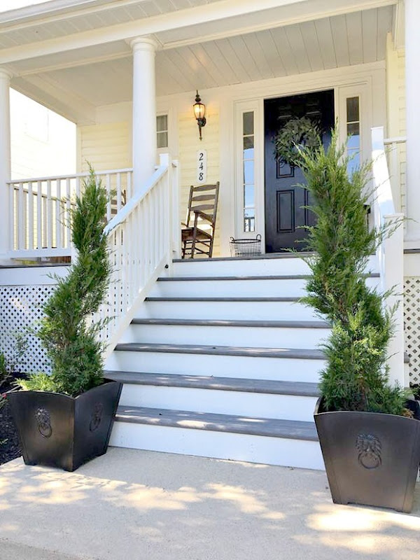 Front-Porch-Elements-Allen-Roth-Planters
