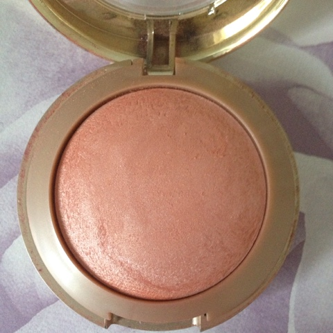 Luminoso-Baked-Blusher