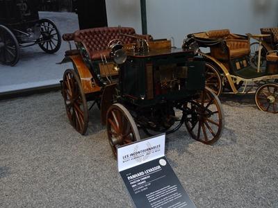 2017.08.24-013 Panhard Levassor phaéton tonneau 1894