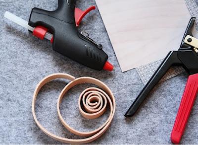 Vad kan man göra av filt och läder?