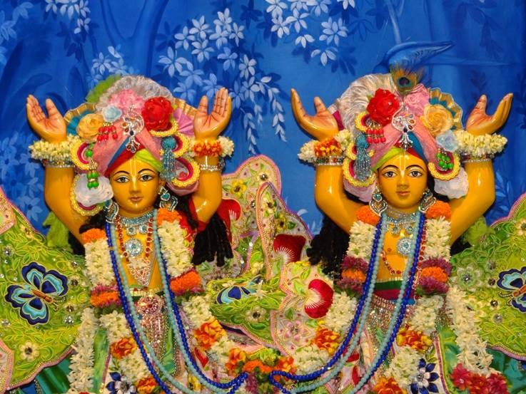 ISKCON Nigdi Deity Darshan 29 May 2016 (15)