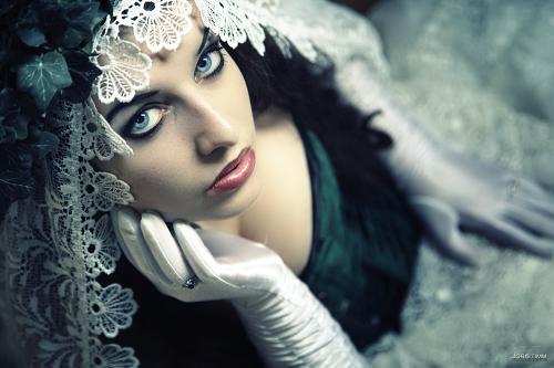 Faraway, Gothic Girls