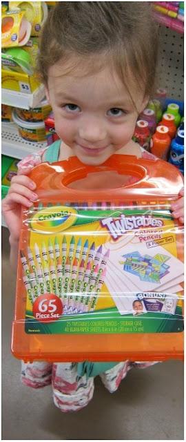 Bộ 25 bút chì màu và 40 tờ giấy vẽ Crayola Twistables Colored Pencils tuyệt đối an toàn
