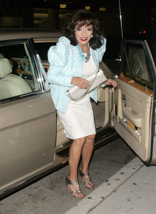 Joan Collins Shares Her Thoughts on Being Ultra-Thin(2photos):news