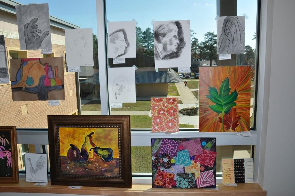 Student Art Show 2010 - DSC_0014.JPG